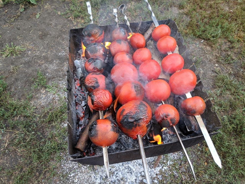 easy way to peel a tomato